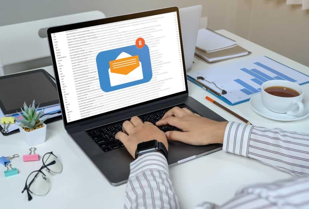 AWeber vs. MailChimp